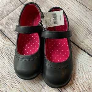 Girls Basic Editions Size 10 Med. Width Mary Janes
